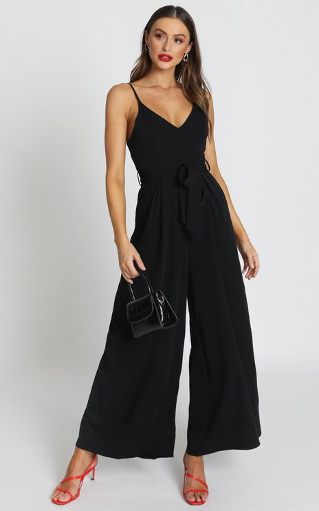 Kallie V-Neck Jumpsuit in Black