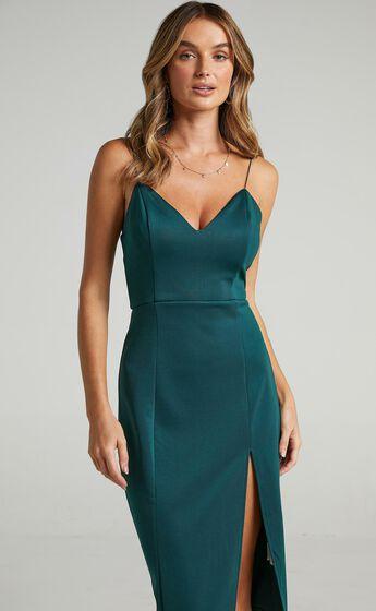 Big Ideas Midi Dress in Emerald