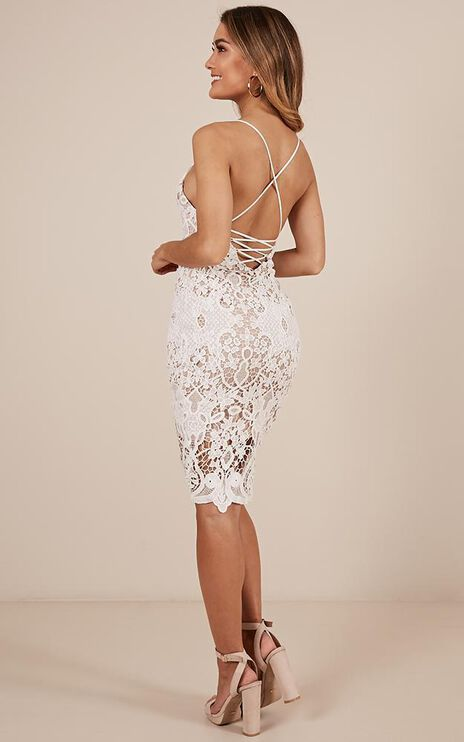 Line Of Sight Dress In White