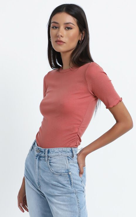 Therese T Shirt in Pink