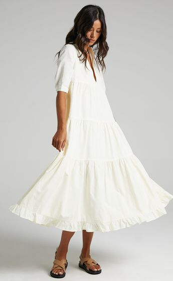 Serilda Dress in Cream