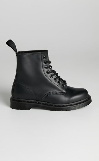 Dr. Martens - 1460 Mono 8 Eye Boot in Black Smooth