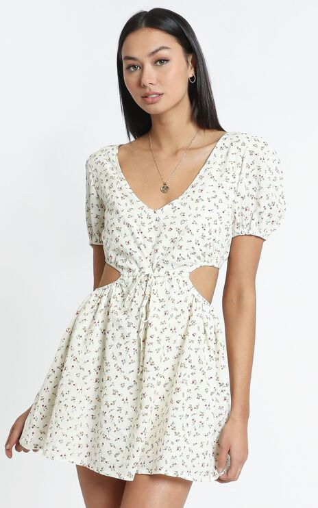 Guinevere dress in White Floral