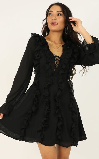Lioness - Dancing With Her Dress In Black- 12 (L), Black, hi-res image number null
