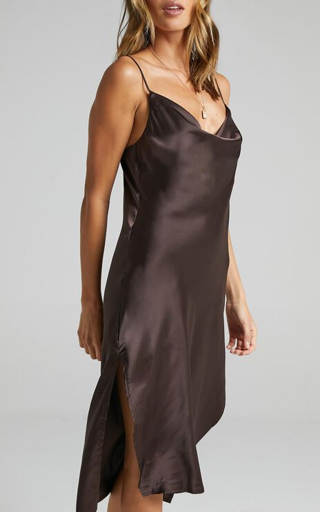 Levelle Dress in Dark Chocolate