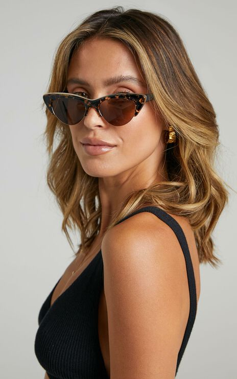Reality Eyewear - Loren Sunglasses in Honey Turtle