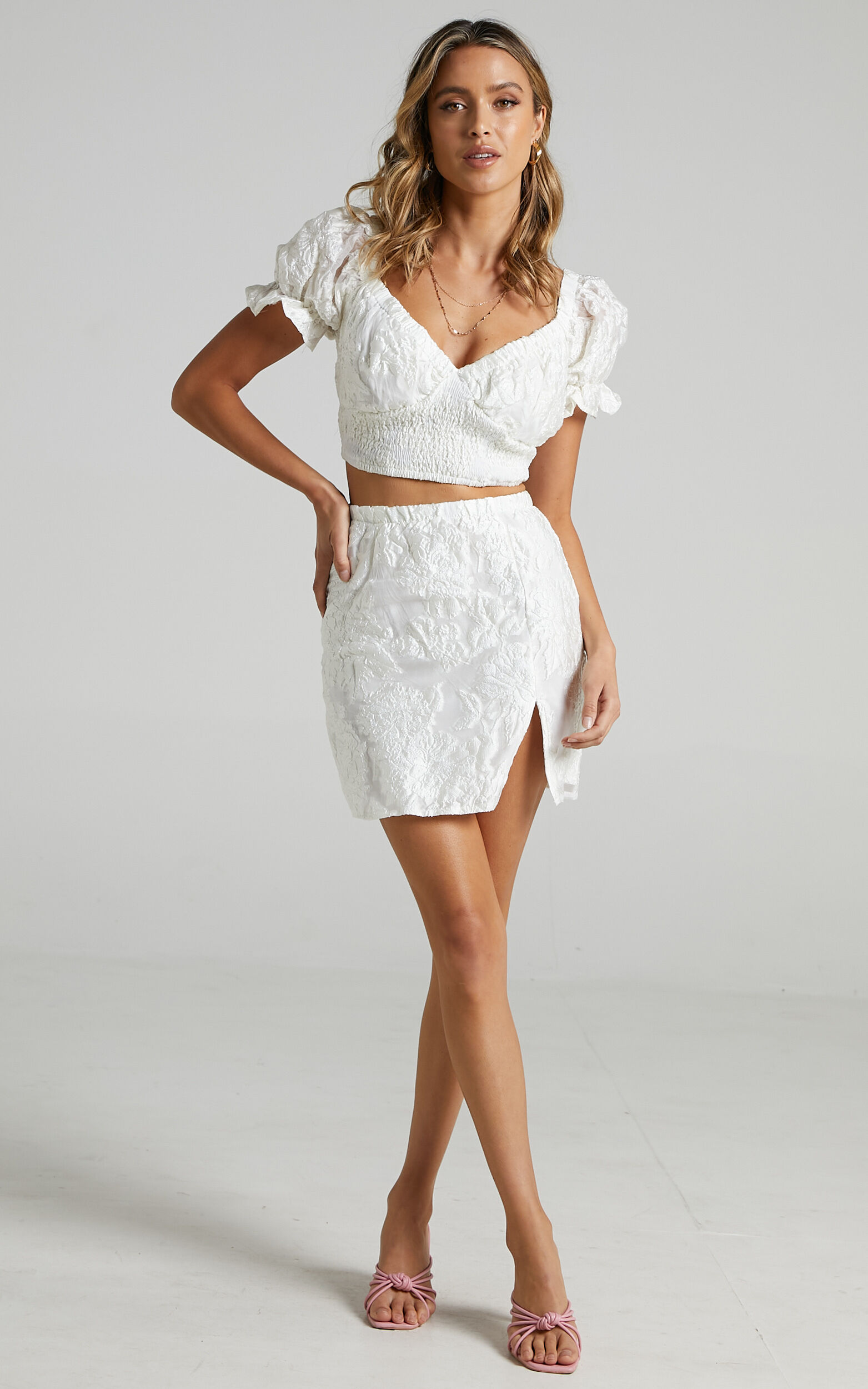 Julietta Two Piece Set in White Floral - 06, WHT2, super-hi-res image number null