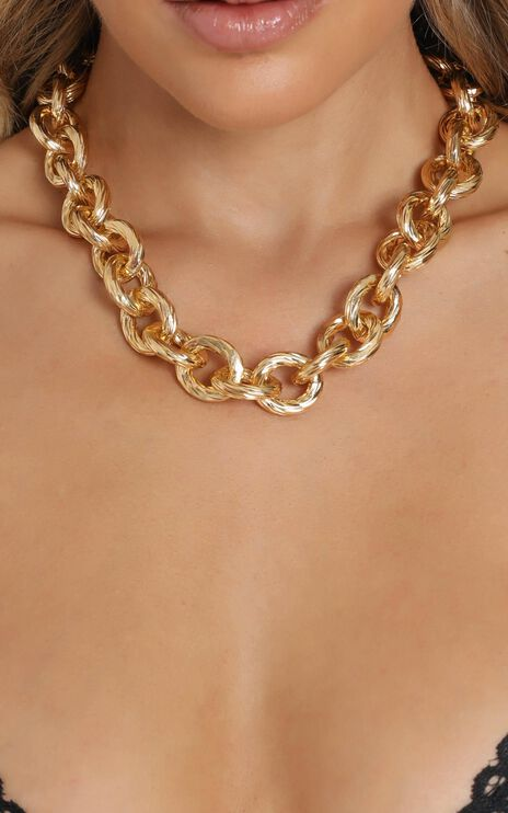 Anaise Chain Necklace in Gold