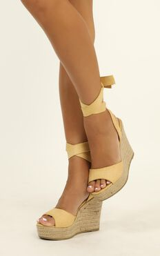 Billini - Skyros Wedges In Light Tan Micro