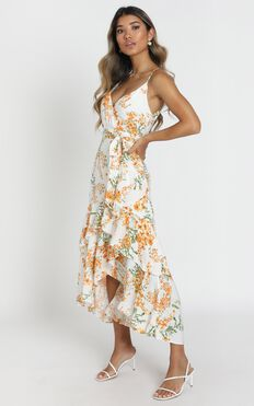 Jaclyn Wrap Midi Dress in white floral