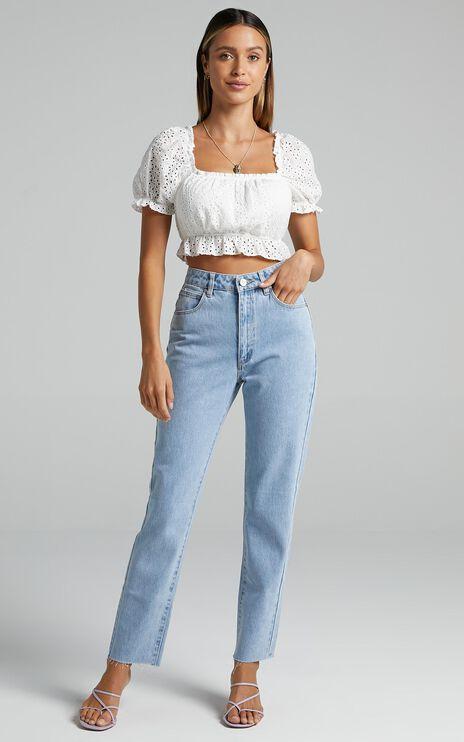 Abrand - A '94 High Slim Jeans in Walk Away