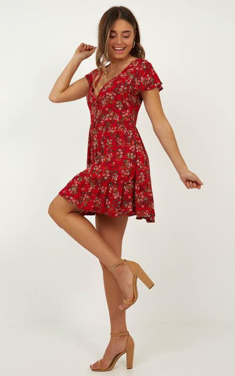 Floating Wishes Dress In Red Floral