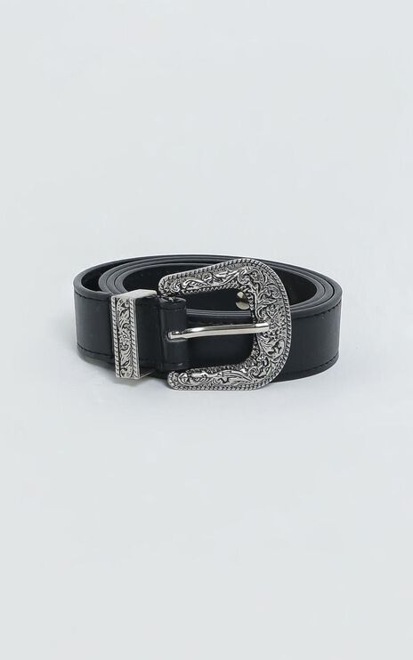 Betsy Belt in Black and Silver