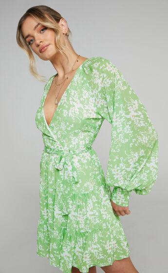 Libby Printed Longsleeve V Neck dress in Whispering Floral