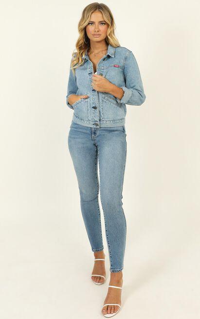 Wrangler - Blondie Denim Jacket in cortez blue - 14 (XL), Blue, hi-res image number null