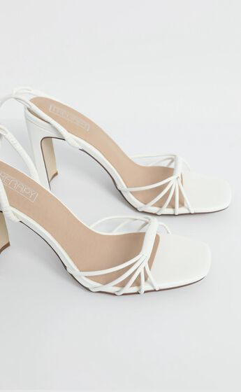 Therapy- Bexley Heels in White