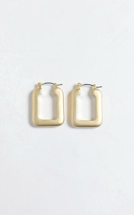 Linnea Earrings in Gold