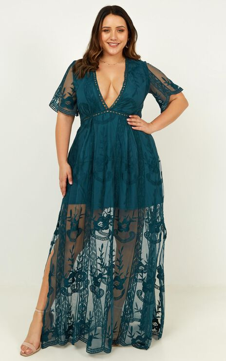 Love Spell Maxi Dress In Emerald Lace
