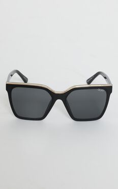 Quay X Lizzo - Level Up Sunglasses in Black and Smoke Lens