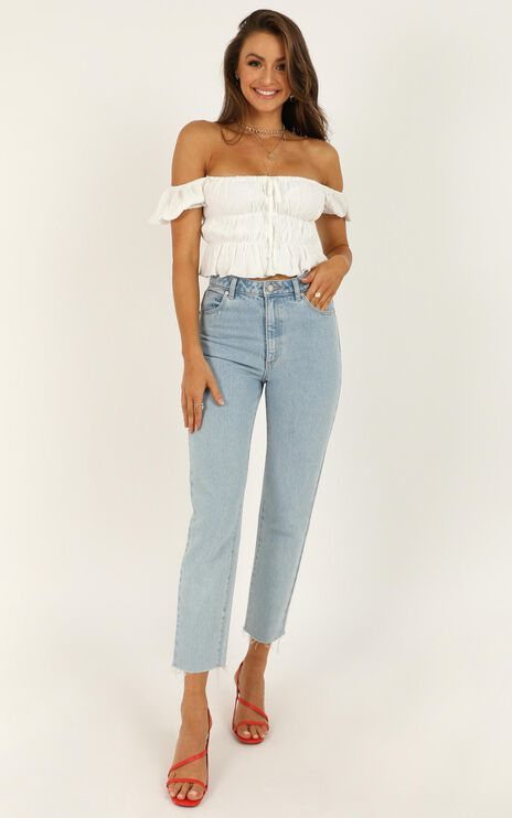 Abrand - A '94 High Slim Jeans in Walk Away