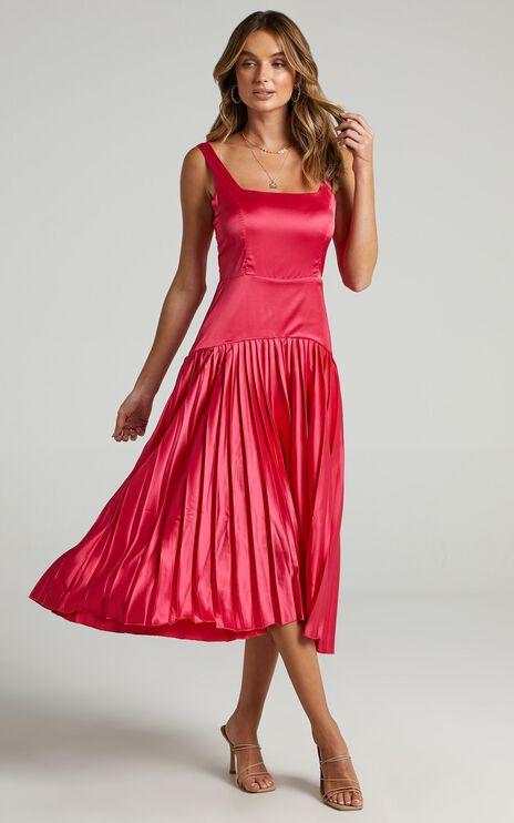 Sassa Dress in Hot Pink