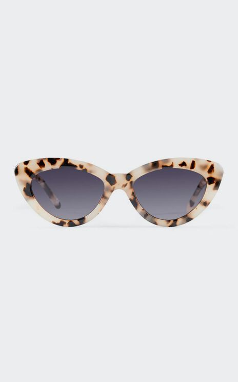 Luv Lou - The Harley Sunglasses in Cream Tort