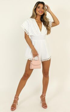 Think Big Playsuit in White Linen Look