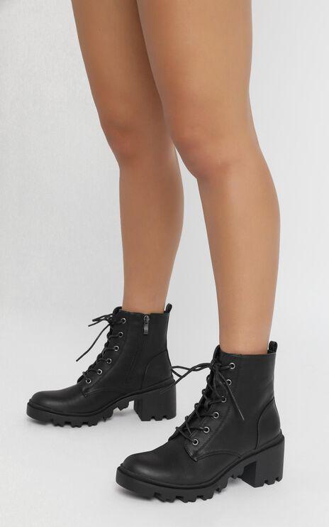 Verali - Tonka Boots in Black Softee