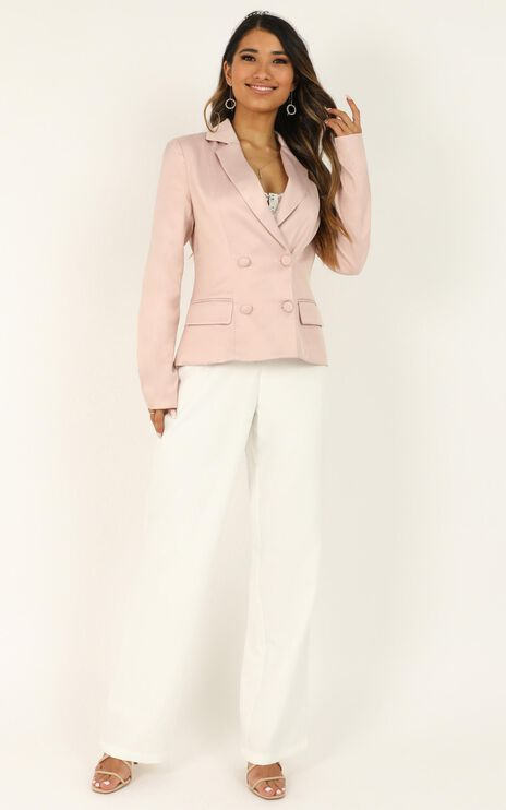 Strike A Pose Blazer In Dusty Rose