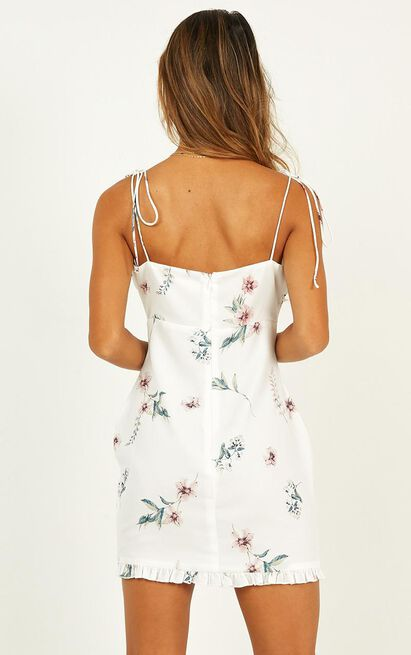 Curiosity dress in white floral - 20 (XXXXL), White, hi-res image number null