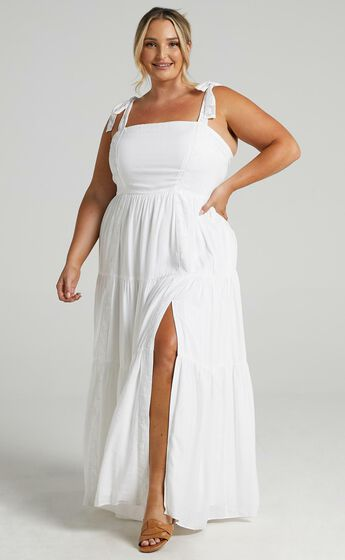 Afternoon Stroll Maxi Dress in White