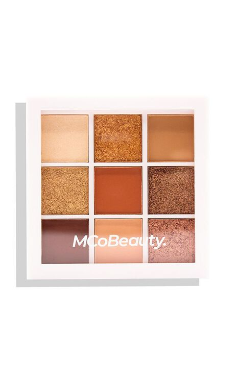 MCoBeauty - Eyeshadow Palette in Peachy Nudes
