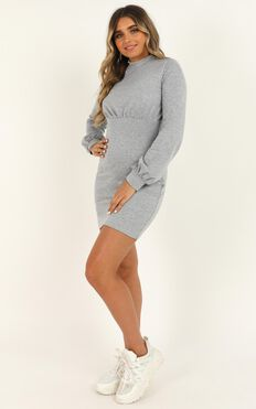 Calling Favours Dress In Grey