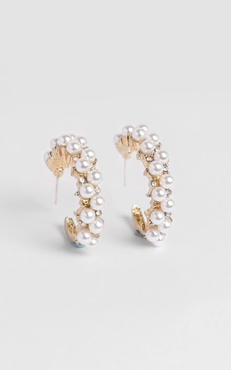 JT Luxe - Rosalia Pearl Hoop Earrings in Gold