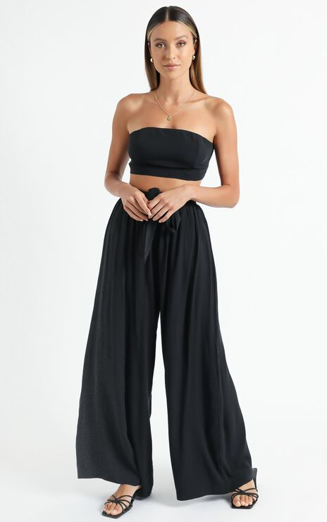 Askania Two Piece Set in Black