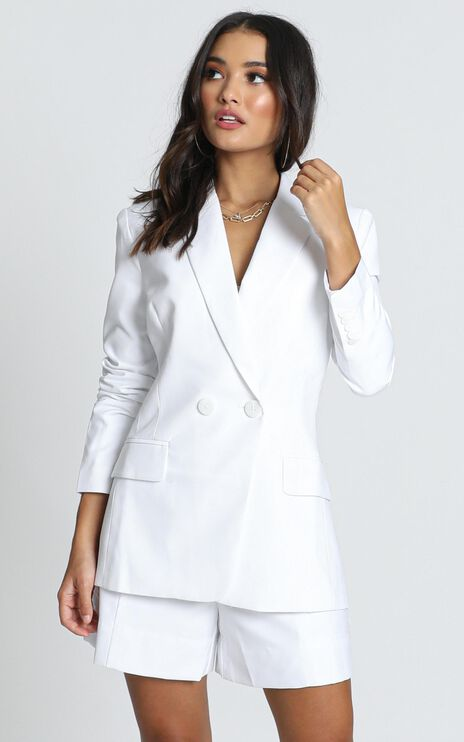 Hollywood Boulevard Button Up Blazer In White