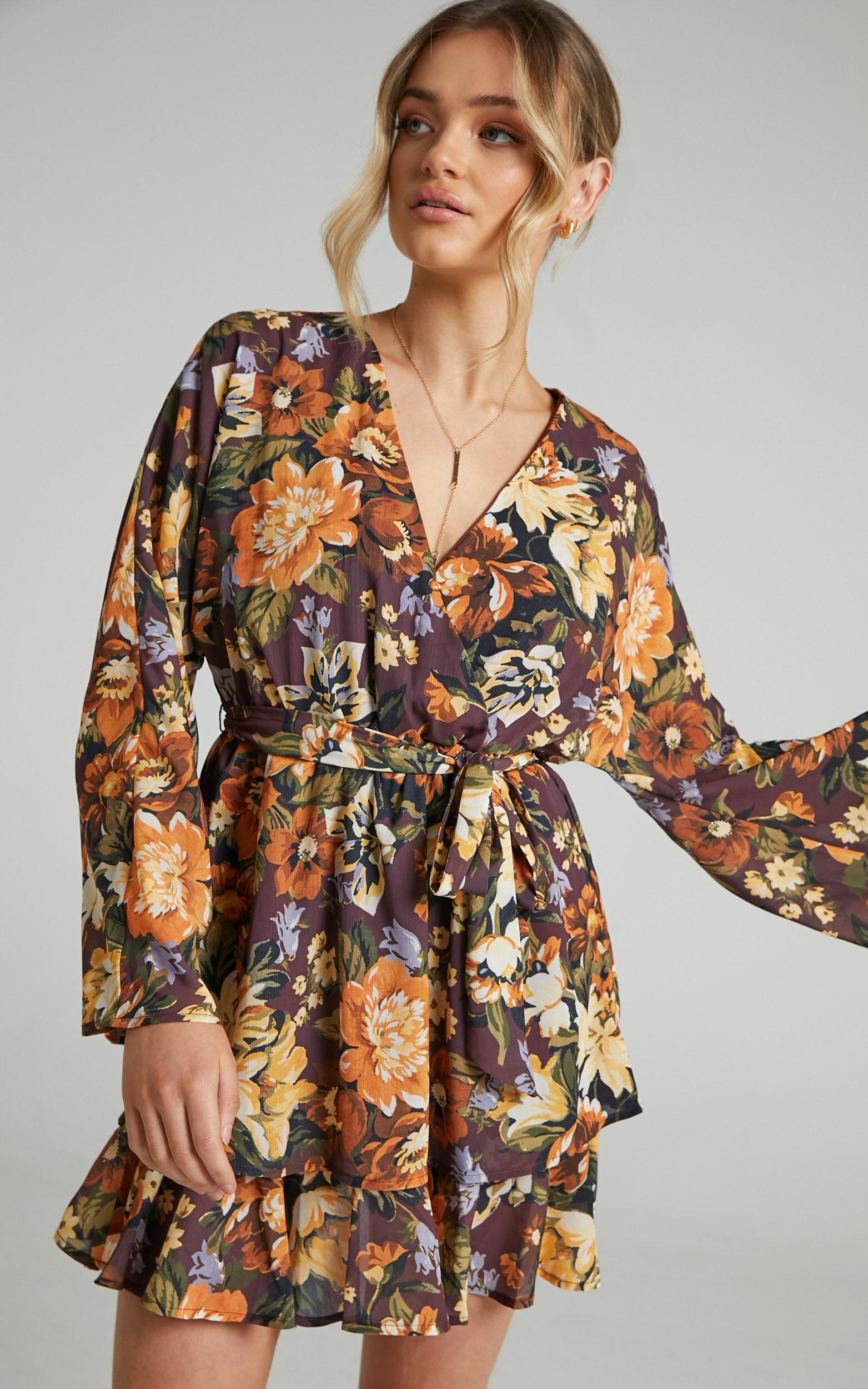 Alisia Printed Tiered skirt Mini Dress in Indulgent Bloom - 06, BRN1, super-hi-res image number null