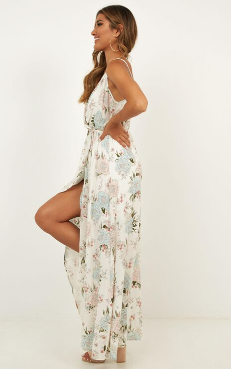 Sunshine Of My Life Maxi Dress In White Floral
