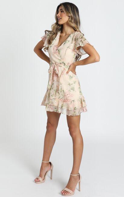 Kathleen Mini Dress in beige floral - 14 (XL), Beige, hi-res image number null
