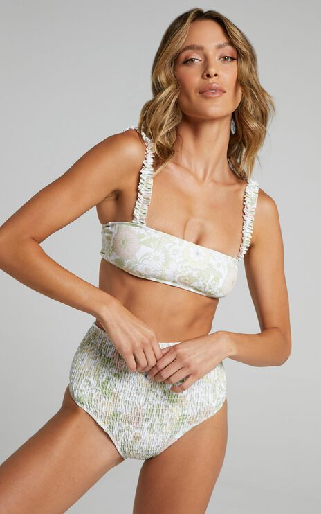 Charlie Holiday - Millie Top in Forest Olive Floral