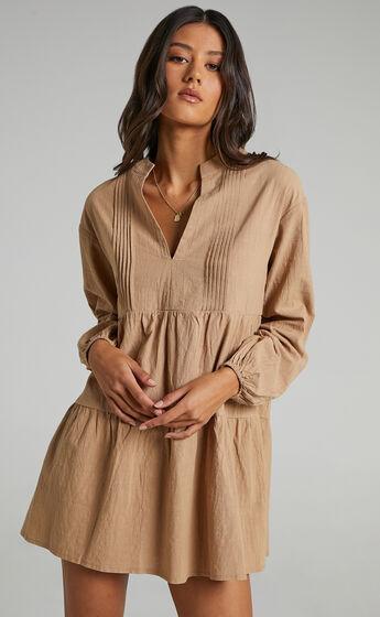Estelita Dress in Beige