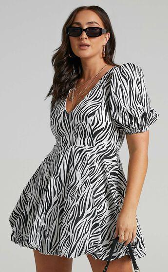 Ebrill Dress in Zebra