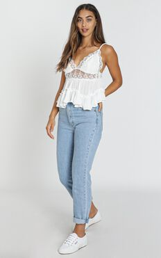 Glasgow Top in White Lace