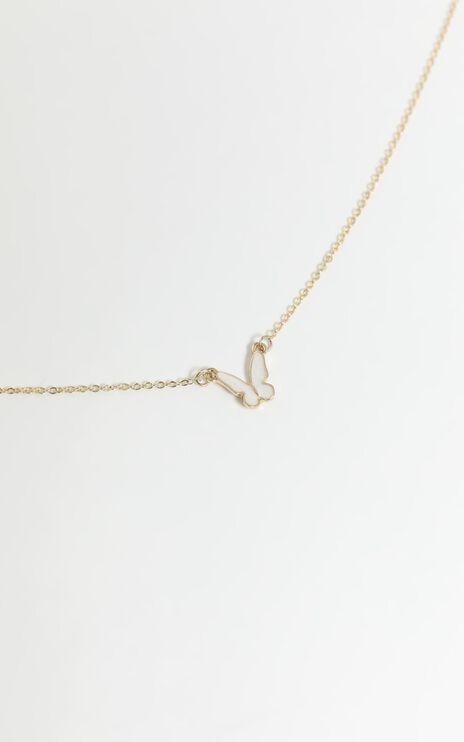 Aviva Necklace in Gold