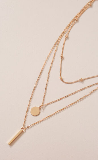 The Guest List necklace in Gold