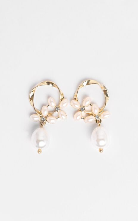 JT Luxe - Aubrey Drop Pearl Earrings in Gold