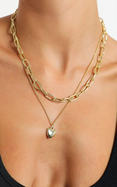 Heart Pendant Necklace in Gold