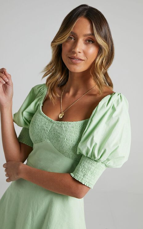Invidia Dress in Apple Green
