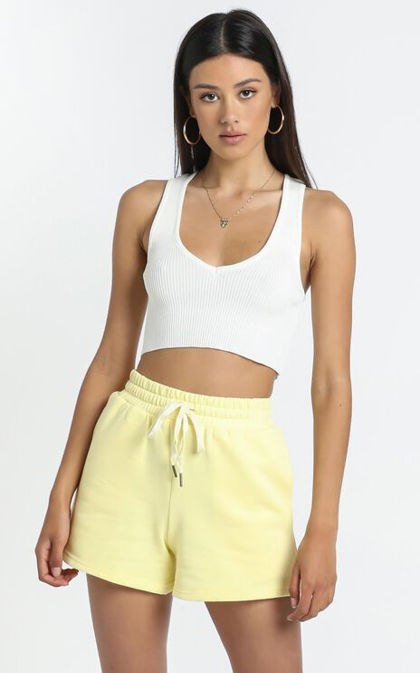 Narbonne Shorts in Yellow