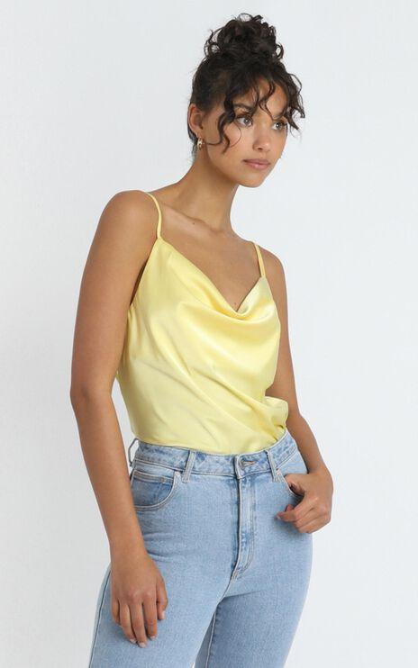 Straight Line Top in Lemon